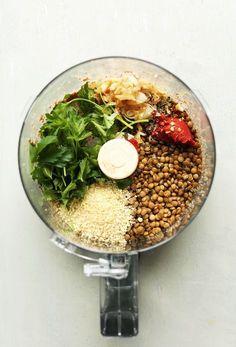Easy Lentil Meatballs (Vegan + GF) - Minimalist Baker instead of vegan cheese use quinoa Veggie Recipes, Whole Food Recipes, Vegetarian Recipes, Healthy Recipes, Dinner Recipes, Easy Recipes, Chicken Recipes, Healthy Lentil Recipes, Amish Recipes