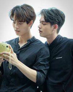 #2gethertheserieslat #2gethertheserie #2gether #bbrightvc #winmetawin #sarawat #Tine #brightwin #snowballpower Thai Drama, My Heart Is Breaking, Cute Couples, My Boys, Korea, Passion, Bright, Actors, Singers