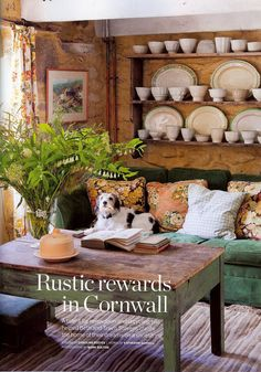 NUEVE + DIECISÉIS: Inspiration | Country Living Reino Unido - love, love this room & of course the dog!!!
