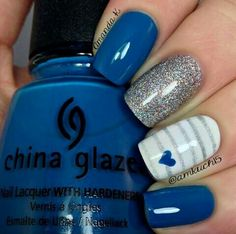 Blue. Silver striped nails