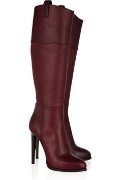 Yaaaaaaaaaaaas! These are the types of boots that would make me go outside on a day when I planned to stay inside JUST to show them off. I am here for this maroon boots. I love knee-high boots anyway.