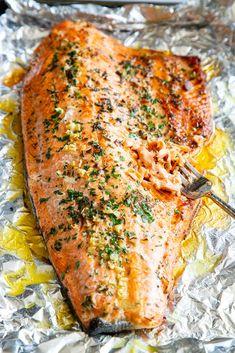 Baked Salmon Recipes, Fish Recipes, Seafood Recipes, Paleo Recipes, Cooking Recipes, Dinner Recipes, Easy Healthy Salmon Recipes, Baked Salmon Fillet Recipe, Rainbow Trout Recipes