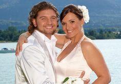 Barbara Karlich; Im Juni 2008 gab es  eine Traumhochzeit am Wolfgangsee Juni, Celebrity Weddings, Wedding Dresses, Celebrities, Coat, Fashion, Bride Dresses, Moda, Bridal Gowns