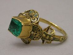 Spain, XVI C. Ring – Gold, enamel, Columbian emerald.  Produced with materials from the conquest.