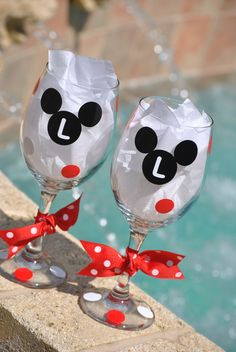 Mickey lovers!!! Wine Glasses or Tumblers you can personalize your mickey!!