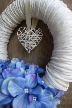 Provence style door wreath handmade by @theinspirassion soft and clean, romance and blue