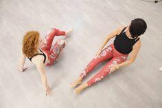 """(@pilateszeit.clubs) auf Instagram: """"LADIES IN RED 🖤 Gestern hatten wir wieder einen videodreh und ein kleines Magadi Shooting. Lustig…"""" #weekendworkout #saturdays #barresohard #barrebabes #barreadict #barreworkout #barrefitness #barrelover #balletfitness #beauties #strongwomen #fitgirl #longandlean #bestclients #strong #workout #fitfam #greatjob #düsseldorf #pilateszeit #theoriginal #professional #barrestudiodüsseldorf #pilatesstudiodüsseldorf #fitnessmotivation #düsseldorfgirls…"""