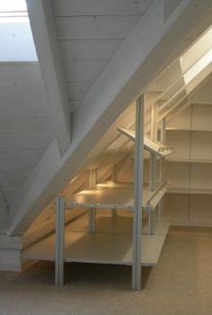 Bildergebnis für regalbrett an einer dachschrägen anbringen