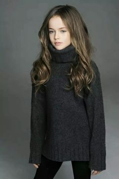 little model Kristina Pimenova Kristina Pimenova, Fashion Kids, Little Girl Fashion, Fashion Wear, Fall Fashion, Little Fashionista, Young Models, Child Models, The Most Beautiful Girl