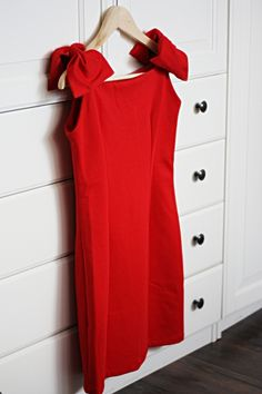 holiday cocktail dress!