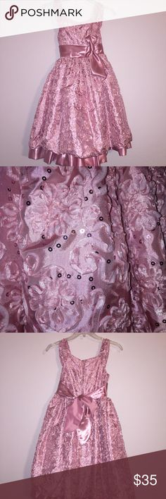 Princess kloset dress size girls 8 dress New Beautiful girls SZ 8 party dress rose pink zipper back and tie  back. Embossed Brocade and sequins everywhere. Gorgeous  made from polyester. Brand new with attached slip and tulle princess kloset Dresses