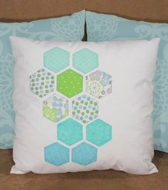 Learn how to make throw pillows! We love colorful throw pillows <3