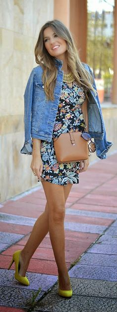 Daily New Fashion : VINTAGE FLORAL DRESS