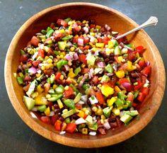 Festive Black Bean Summer Salad (more recipes inside) Clean Recipes, Cooking Recipes, Healthy Recipes, Clean Foods, Clean Eating, Healthy Eating, Summer Salads, Summer Food, Soup And Salad