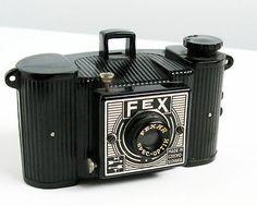 1940 Fex Bakelite Camera