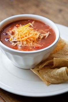 Slow Cooker Chicken Taco Soup - Boxwood Clippings