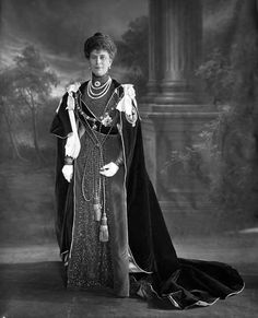 Queen Mary in robes of the Order of the Garter, circa 1906