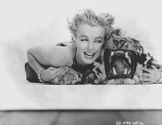 Marilyn Monroe by Richard Avedon-1957