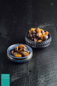 This is THE best way to eat the often too zesty kumquat - Chocolate dipped kumquats! Kumquat Recipes, Grapefruit Recipes, Orange Recipes, Healthy Dessert Recipes, Gourmet Recipes, Desserts, Vegetarian Recipes, Australian Food, Healthy Fruits