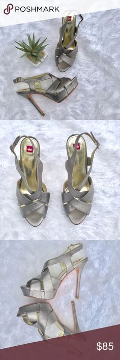 Elaine Turner Pewter Chris Platform Sandals Heels These sexy sandals are all leather and a beautiful silver metallic color. Shoes are in great condition. Elaine Turner Shoes Sandals