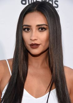 Shay Mitchell attends VH1's 5th Annual Streamy Awards at the Hollywood Palladium on Thursday, September 17, 2015 in Los Angeles, California.