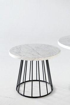 mesa de centro de marmol. Tendencia decoracion con marmol