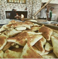 Iraqi bread صمون عراقي