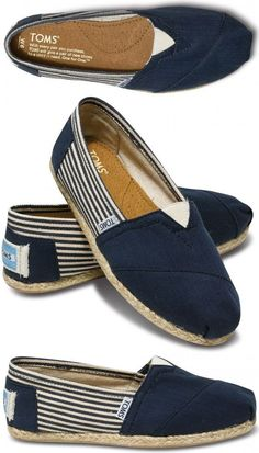 Toms. I have this pair...except the navy is tan. Fall Shoes, Spring Shoes, Tom Shoes, Winter Shoes, Summer Shoes, Balenciaga Shoes, Chanel Shoes, Hemnes, Shoes Adidas