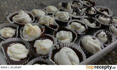 Kinder mléčný řez v košíčku Mini Cupcakes, Ham, Baking, Breakfast, Desserts, Food, Fine Dining, Morning Coffee, Tailgate Desserts