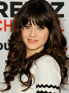 Hairstyles With Bangs And Layers Zooey Deschanel 26 Ideas Layered Hair With Bangs, Curly Hair With Bangs, Long Layered Hair, Long Curly Hair, Curly Hair Styles, Big Bangs, Thick Bangs, Sleek Hairstyles, Hairstyles For Round Faces