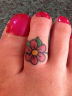 15 Terrific and Tiny Toe Tattoos Toe Tattoos, Finger Tattoos, Tatoos, Small Flower Tattoos, Small Tattoos, Hippie Tattoo, Tattoos For Women, Tattoos For Guys, Tattoo Ringe