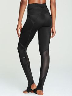 f8f7108d6df77 Knockout by Victoria's Secret Tight Cute Gym Outfits, Sport Outfits, Sport  Fashion, Fitness