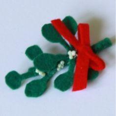 Mistletoe hair clip!