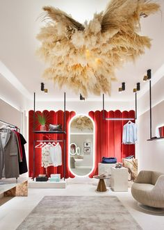 Clothes Store Interior Boutiques Lighting Ideas Source by store design Clothing Store Interior, Clothing Store Design, Fashion Store Design, Decoration Shop, Fashion Showroom, Fashion Shop Interior, Boutique Interior Design, Design Apartment, Retail Store Design