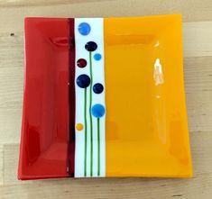 How To Do Fused Glass art - Glass art Videos Animals - Glass art Installation Sculpture - - Broken Glass Art, Sea Glass Art, Glass Wall Art, Stained Glass Art, Fused Glass Plates, Fused Glass Jewelry, Glass Dishes, Glass Fusion Ideas, Glass Fusing Projects