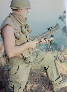 Predecessor to the Better in some ways, but a bit difficult to switch from the or and back. Vietnam History, Vietnam War Photos, Usmc, Marines, Good Morning Vietnam, War Photography, Military Photos, United States Army, American War