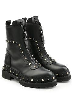 #xmas #Christmas #STYLEBOP.com (DE) - #Versace Versace Boots aus Leder mit Nieten - AdoreWe.com