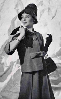 1960 Pierre Cardin