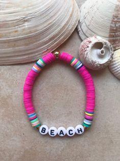 Bracelet Message, Name Bracelet, Bracelet Making, Seed Bead Jewelry, Diy Jewelry, Beaded Jewelry, Jewelry Making, Surfer Bracelets, Beach Bracelets