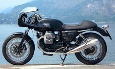 Moto Guzzi V7 Cafe Racer