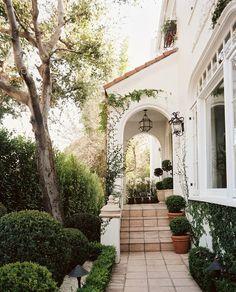 Golden White Décor- California Fashion and Design Inspiration: Gilded Leopard Home Décor