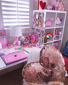 Happy Saturday #GirlyStuff #PinkComputer #Unicorns #UnicornLamp #Pink #UnicornMarquee #CuteOffice #Adorable #Unicorn…