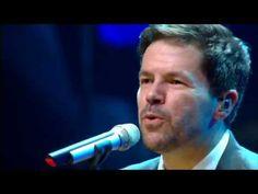 Pedro Mariano & Orquestra - Um Pouco Mais Perto (Ana Carolina/Chiara Civello/Edu Krieger) - YouTube