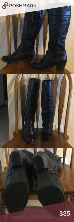 """Dexter Boots, SZ 8W Tall black boots, excellent condition, man made leather. 18"""" from heel bottom to top of shaft and 16"""" diameter at top. 2"""" heel. The boots are comfortable and jeans and leggings fit well inside. I bought a brown pair too, but am selling because I no longer wear heels. Dexter DexFlex Shoes Heeled Boots"""