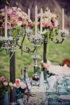 Vintage French wedding table <3 this! i have to have this for my wedding/party one day.
