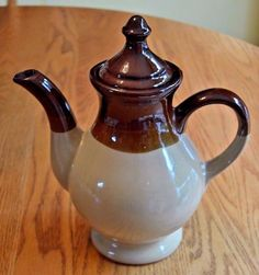 Vintage Glazed Redware Coffee Pot, Tea Pot, Two Tone Brown Beige, With Lid, EX!