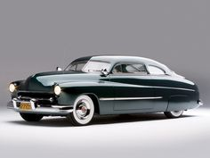 A sleek, beautiful 1949 Mercury Coupe. #vintage #1940 #cars