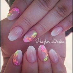 Acrylic babyboomer nails with handpainted flowers.Nails by Pásztor Dorka