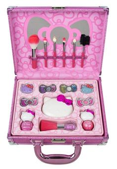 Makeup Kit For Kids, Kids Makeup, Baby Girl Toys, Toys For Girls, Happy Birthday Parties, Birthday Party Decorations, Hello Kitty House, Hello Kitty Bedroom, Disney Princess Dress Up