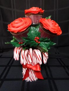 Christmas cupcake bouquet.
